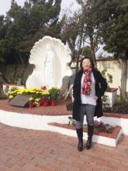 Tượng Đức Mẹ Con Sò, Long Beach, Nam California, USA.