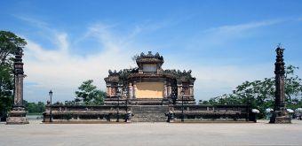 Đài tưởng niệm chiến sĩ trận vong ở Huế. Nguồn: Wiki