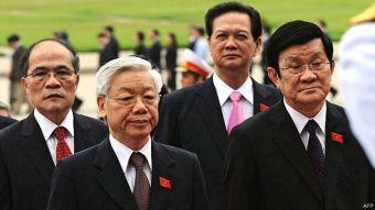 150929110859_vietnam_leaders_640x360_afp